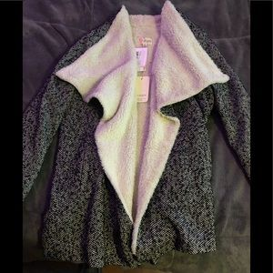 Super cute flap coat!! Brand new never worn!!